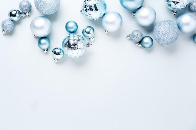 Configuração plana de natal azul Foto gratuita