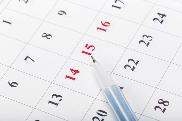 Confira as datas em um conceito de calendário de negócios Foto Premium