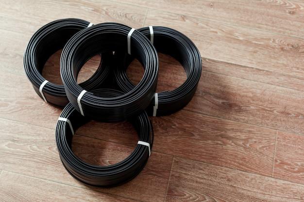 Conjunto de cabos elétricos coloridos Foto Premium