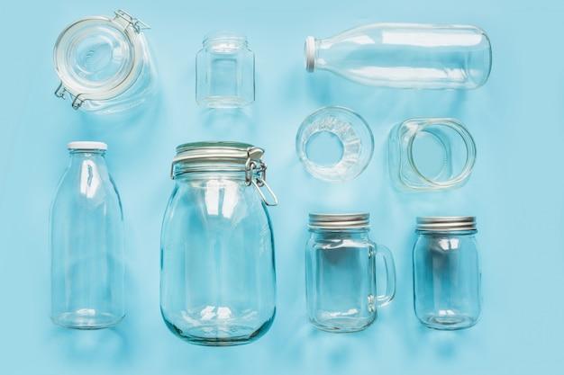Conjunto de frascos em azul para zero armazenamento de resíduos e compras. Foto Premium