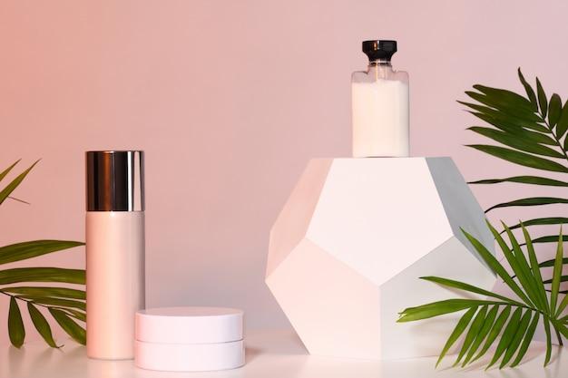 Conjunto de produtos cosméticos Foto Premium