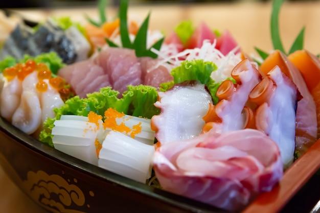 Resultado de imagem para sashimi de tako e salmão