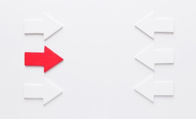 Conjunto de setas apontando um contra o outro Foto Premium
