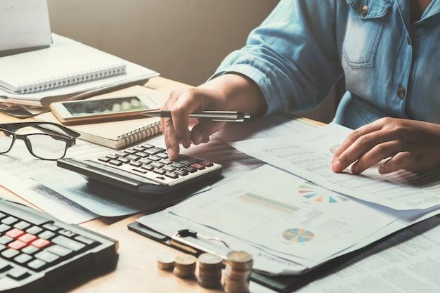 Contabilidade negócio, em, escritório, conceito Foto Premium