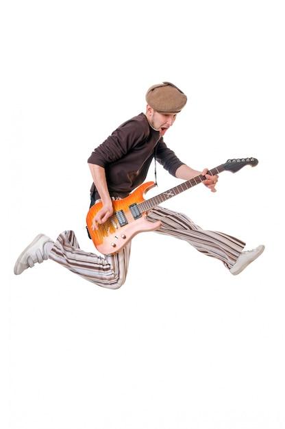 Cool guitarrista em branco Foto gratuita