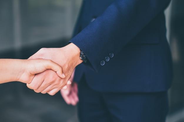 Cooperação, acordo, relacionamento Foto Premium