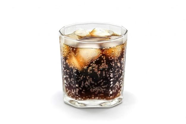 Copo de coca-cola com cubo de gelo isolado Foto Premium