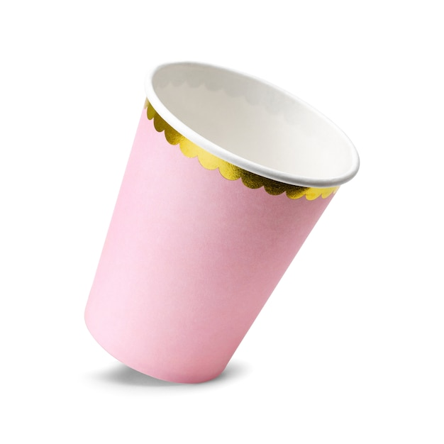 Copos cor-de-rosa do partido isolados no fundo branco. Foto Premium