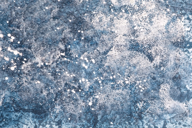 Cores azuis e brancas do fundo da arte abstrata. pintura em aquarela sobre papel com gradiente de jeans. Foto Premium