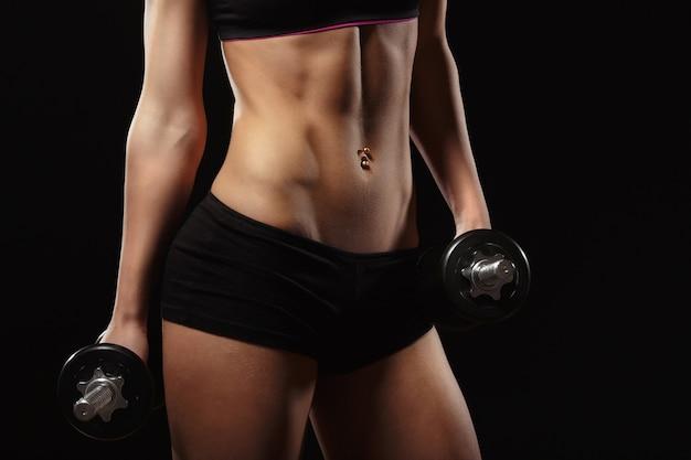 Corpo da mulher atleta Foto gratuita