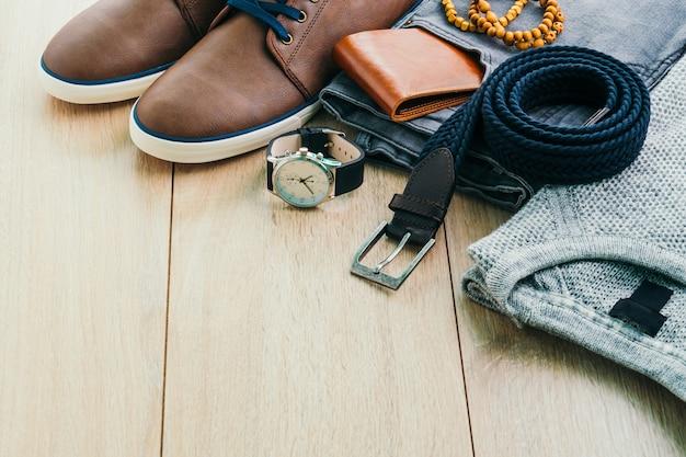 Correia elegância de madeira roupa homens Foto gratuita