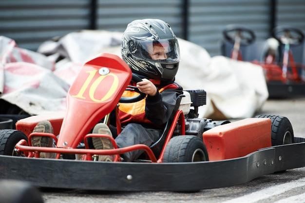 Crianças karting Foto Premium