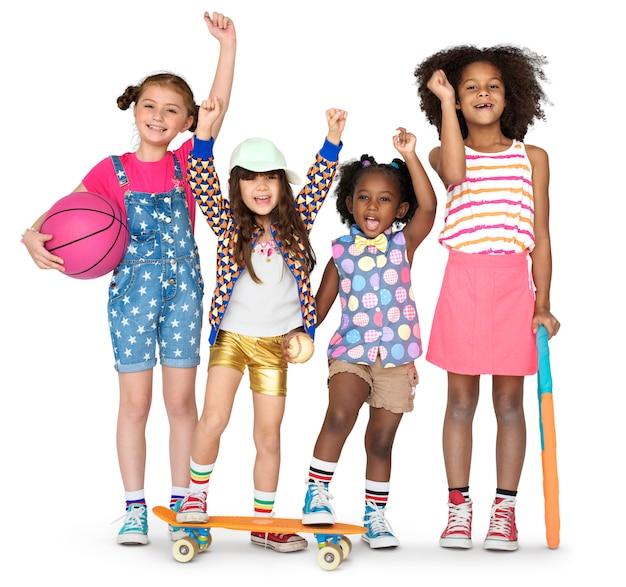 Crianças, namoradas, sorrindo, felicidade, amizade, união, estúdio, retrato Foto Premium