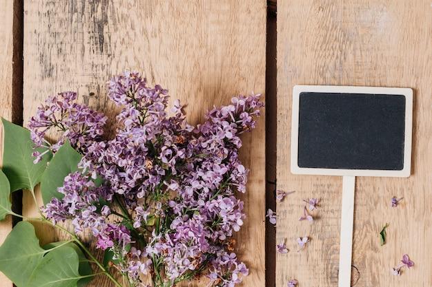 Criativo plano conceito de jardinagem Foto gratuita