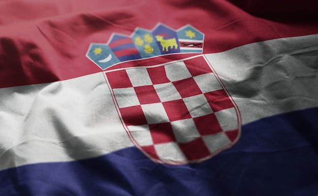 Croácia bandeira amarrotada close up Foto Premium