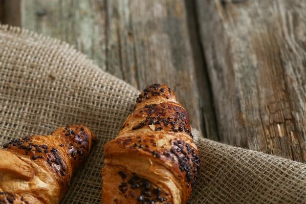 Croissant delicioso Foto gratuita