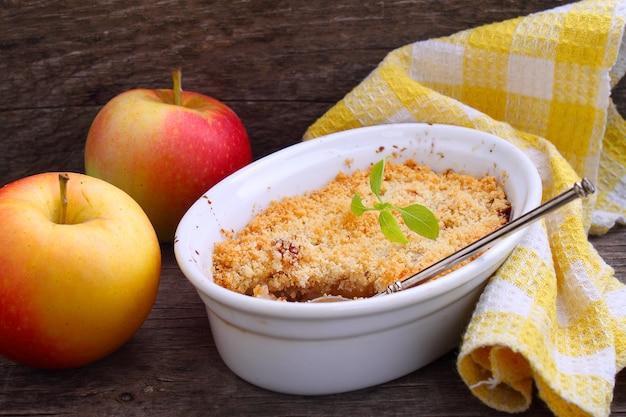 Crumble de maçã Foto Premium