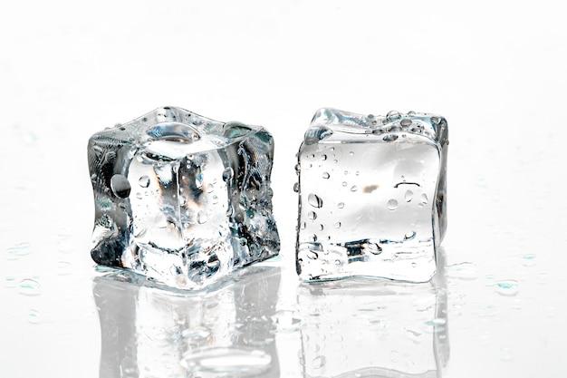 Cubos de gelo Foto Premium
