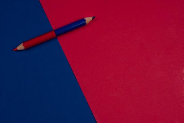 De volta à escola fundo vermelho e azul Foto gratuita