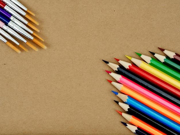 De volta à idéia do conceito de escola, equipamento estacionário definido para voltar ao conceito de escola Foto Premium