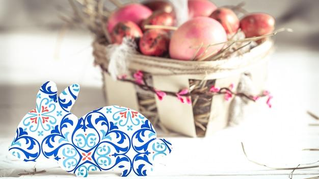 Decoração de páscoa papel de coelho Foto gratuita
