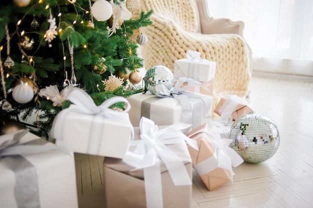 Decoração festiva de natal Foto Premium