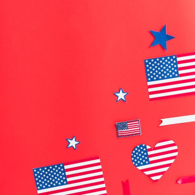 Decorações com bandeiras dos eua, cortadas de papel Foto gratuita