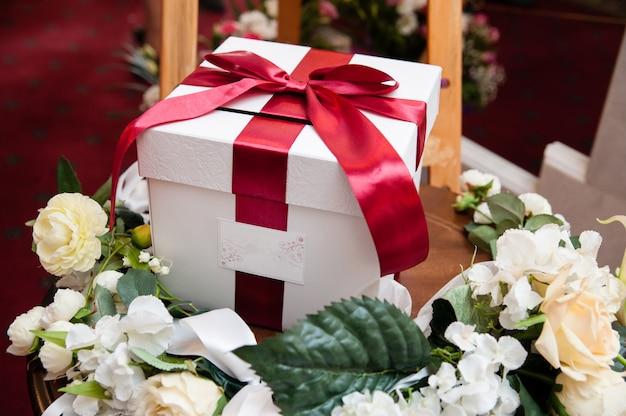 Decorações de casamento, caixa por dinheiro. Foto Premium