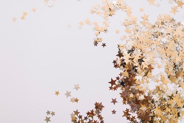 Decorado estrelas douradas Foto gratuita
