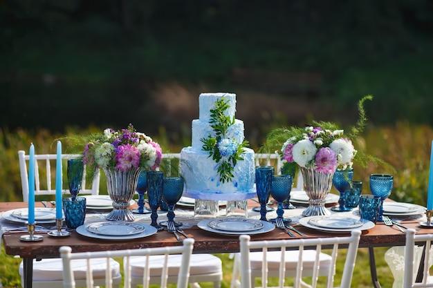 Decorado para mesa de jantar elegante casamento Foto Premium