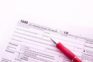 Dedução de impostos Foto gratuita