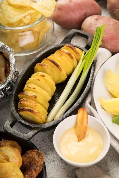Deliciosas batatas fritas cozidas Foto gratuita