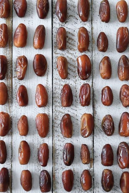Deliciosas datas orgânicas frescas Foto gratuita
