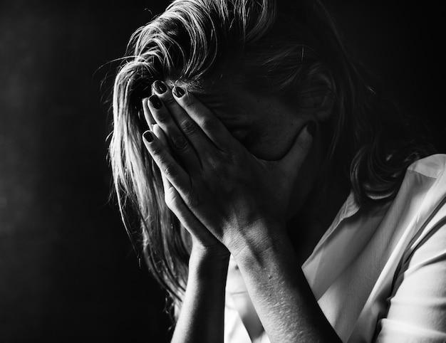 Deprimido e sem esperança Foto gratuita