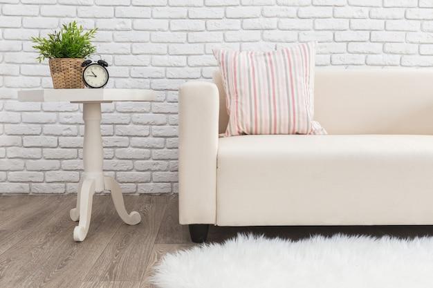 Design de interiores luminoso e limpo de uma moderna sala de estilo escandinavo Foto Premium