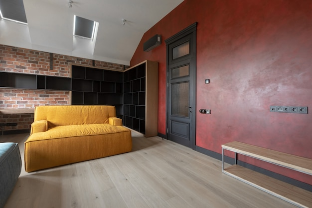 Design de interiores moderno acolhedor da sala de estar no apartamento Foto Premium