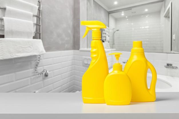 Detergente e condicionador para garrafas Foto Premium