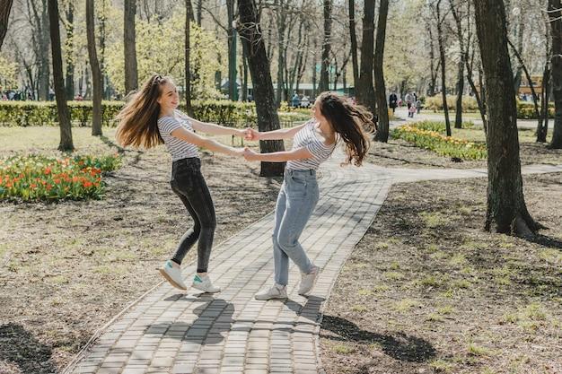 Dia da amizade estilo de vida de garotas melhores amigas Foto Premium