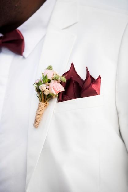 Dia do casamento do casal americano africano Foto gratuita
