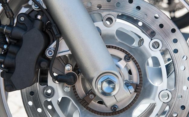 Disco e roda de freio da motocicleta Foto Premium