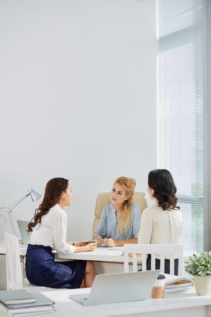 Discussão de negócios Foto gratuita