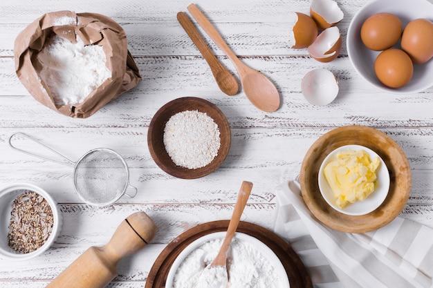 Disposição para pão caseiro Foto gratuita