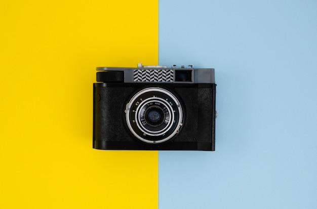 Dispositivo de câmera profissional para o trabalho Foto gratuita