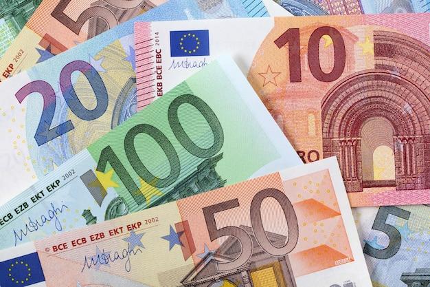 Diversos fundos de euros Foto Premium