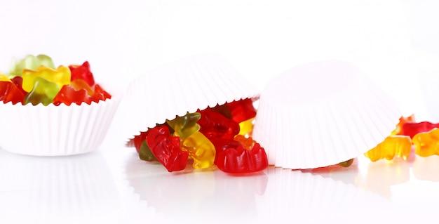 Doces de goma colorida Foto gratuita