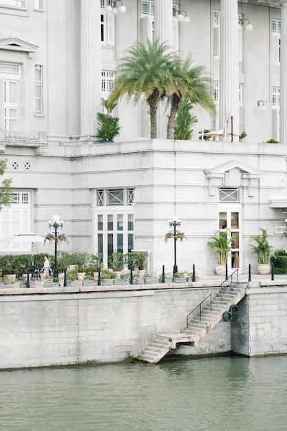 Edifício de estilo colonial Foto gratuita