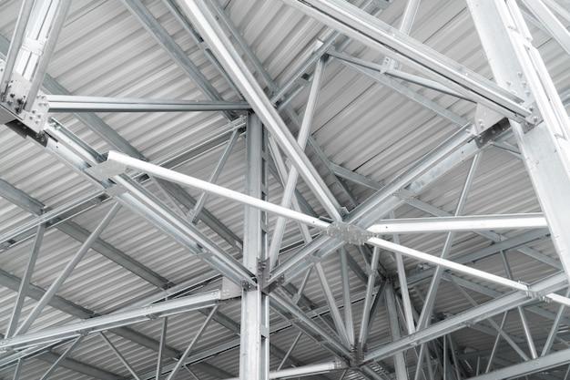 Edifício moderno telhado construção urbana fundo metal linhas de construção Foto Premium