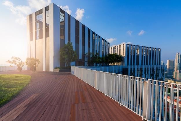 Edifícios com arquitetura moderna Foto Premium