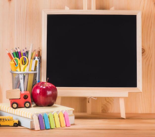 Educação, volta ao conceito de escola com espaço de cópia Foto Premium