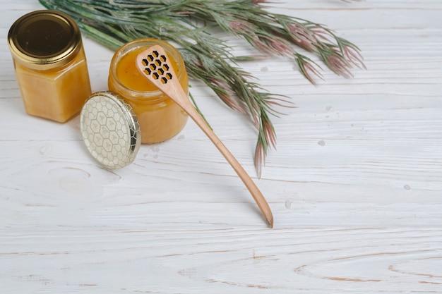 Elementos naturais para spa com mel Foto gratuita